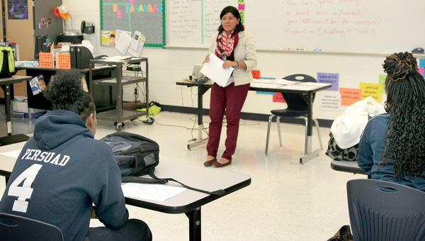 """Spanish teacher Angela Rivas instructs one of her classes at Bertie STEM High School. Bertie STEM was one of five in the Roanoke-Chowan area to score a """"B"""" on the NC School Report Cards released Thursday by the North Carolina Department of Public Instruction. File Photo by Gene Motley"""